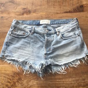Free people jean shorts, size 29